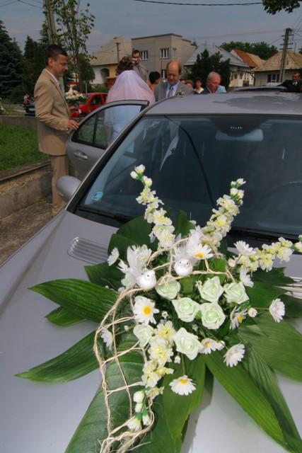 Čo sme mali prichystané na Deň D - Ozdoba na auto