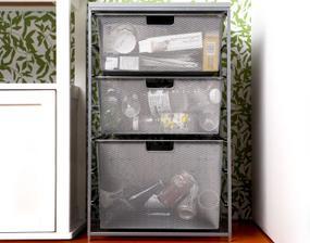 papier, sklo a plasty môžeme skladovať aj dlhšie lebo sa nerozkladajú a nezapáchajú... nájdu miesto hoci v takýchto drotených košoch