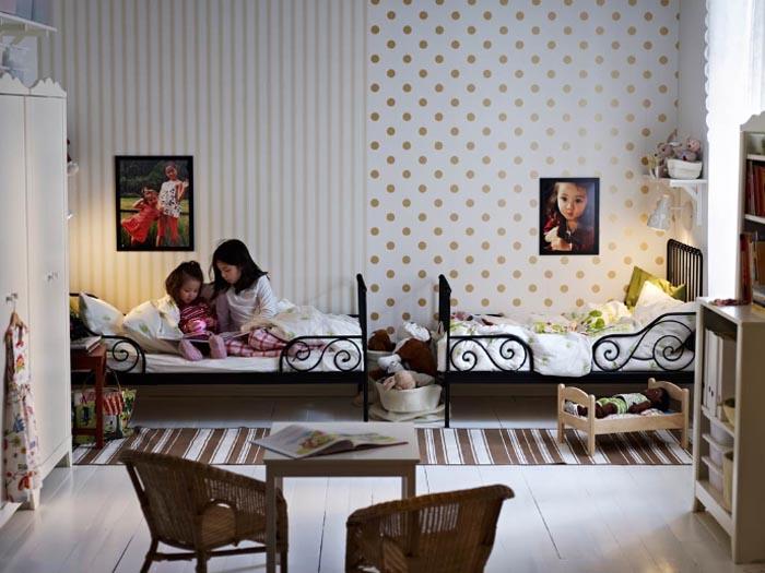 Detská izba pre dvoch - pre dve dievčatká- krásne neutrálne farby... s kratšími posteľami