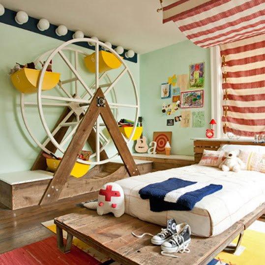 Detské izby  inšpirácie - Veľmi zábavné: kolotoč... a určite to hore aj svetielkuje počas chodu....