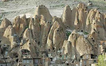 A predloha všetkým zemným domom ... Kandovan, Iran