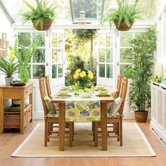 O verande (a spol) - zelená žltá