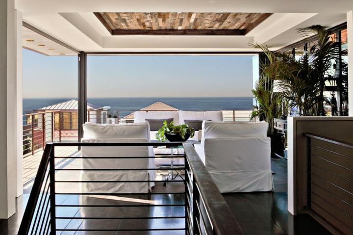 O verande (a spol) - Prímorská