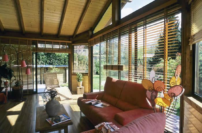 O verande (a spol) - Tienenie: drevené žaluzie? (romantické a prírodné, len trochu hrubé)