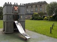 A tu si hrad bral predlohu z ihriska :-D :-D :-D