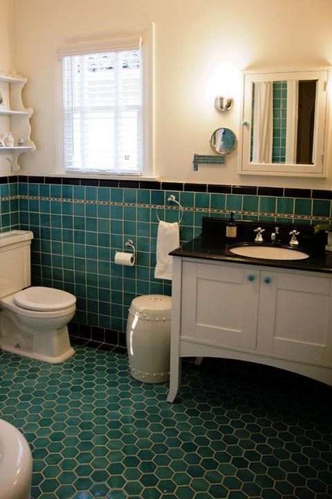 Vidiecke kúpeľne - tyrkysová