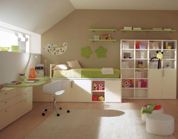 Detské izby  inšpirácie - ..zvýšená posteľ... až na tú poličku nad skrinkou, ktorá je len na utieranie prachu, je to celé veľmi pekne premyslené.....