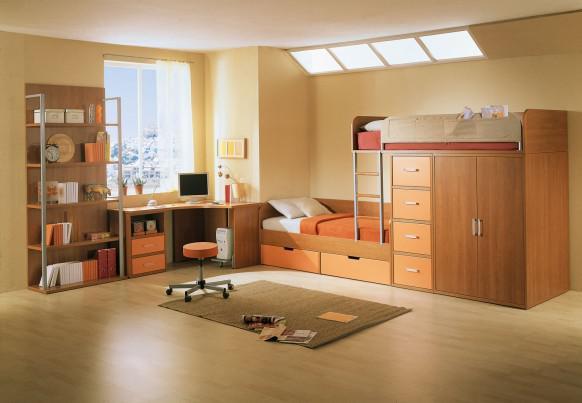 Detská izba pre dvoch - Postele pozdlžne za sebou a nad sebou- jedna vyššie