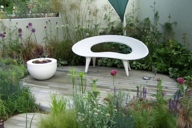 O verande (a spol) - Futuristická