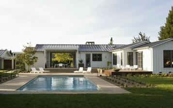Rekonštrukcia staršieho domu zo 70-tych rokov St. Helena, California- od Schneider Design Associates v spolupráci s Jean Larrette Interior Design