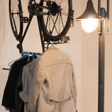 dvojkombinácia: bicykel/vešiak na šaty