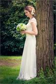Jednoduché svatební šaty, 38