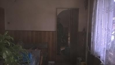pohľad z kuchyne do terajšej obývačky budúcej vstupnej haly