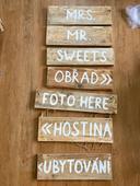 Dřevěné cedule,