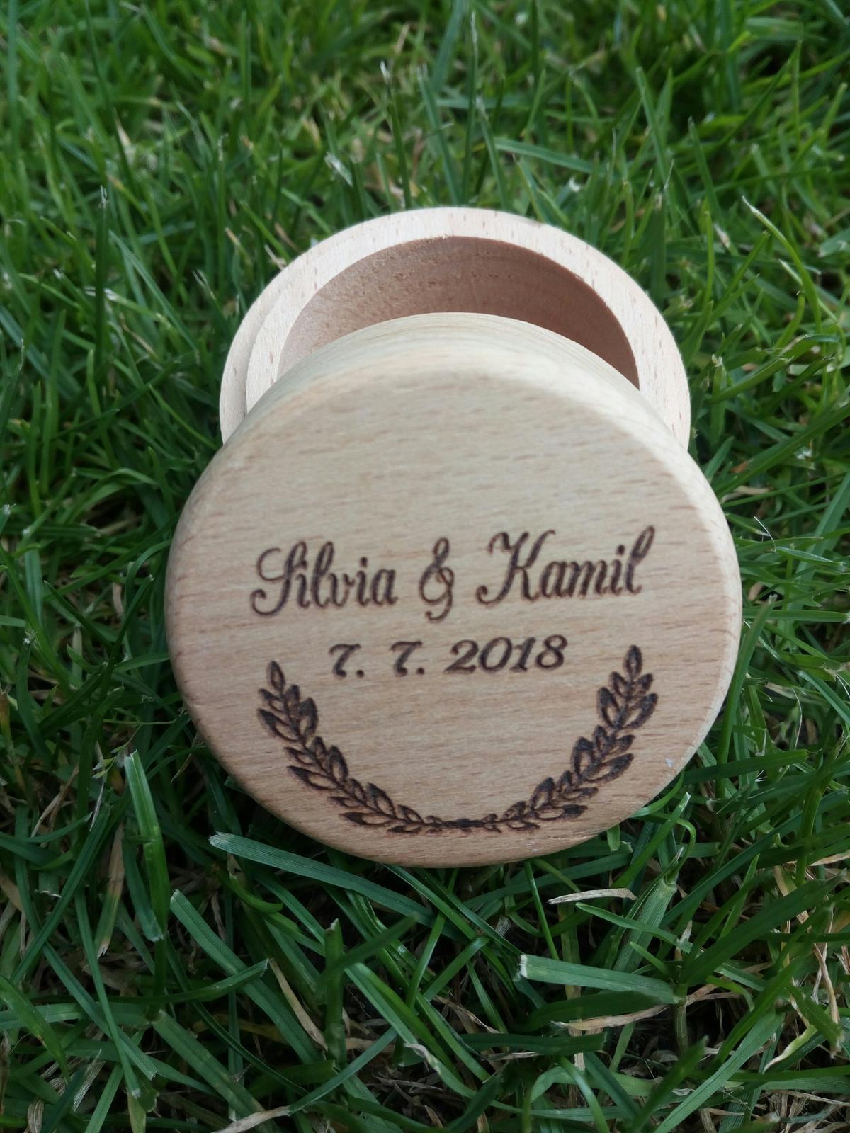 Dřevěná krabička na prstýnky - Obrázek č. 1