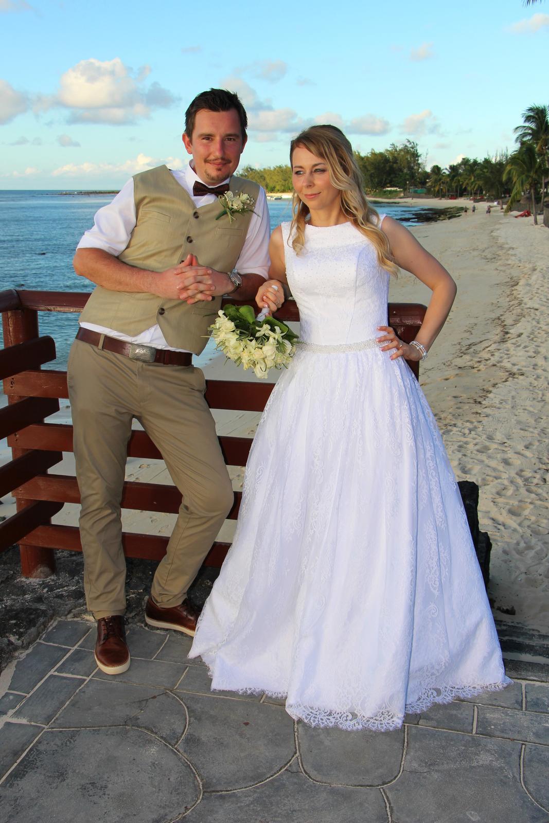 Svadobné šaty značky Anette Moretti - Obrázok č. 1