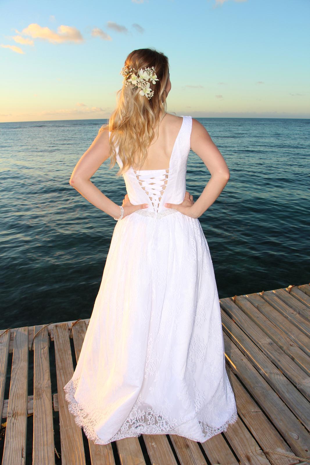 Svadobné šaty značky Anette Moretti - Obrázok č. 4