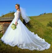 Snehovobiele, kvalitné, čipkované svadobné šaty, 36