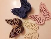 Motýlkové papírové ozdoby,