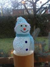 Blikací sněhulák.