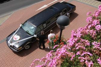 Auto pro nevěstu.