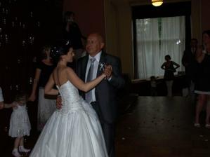 Druhý tanec byl s tatínkem a ženich tancoval se svojí maminkou.