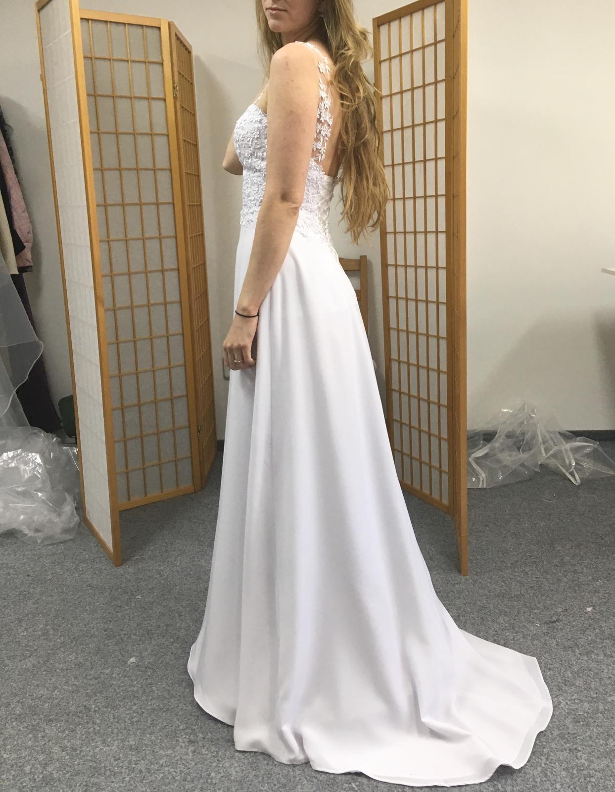 Svatební šaty pro vílu - Obrázek č. 1