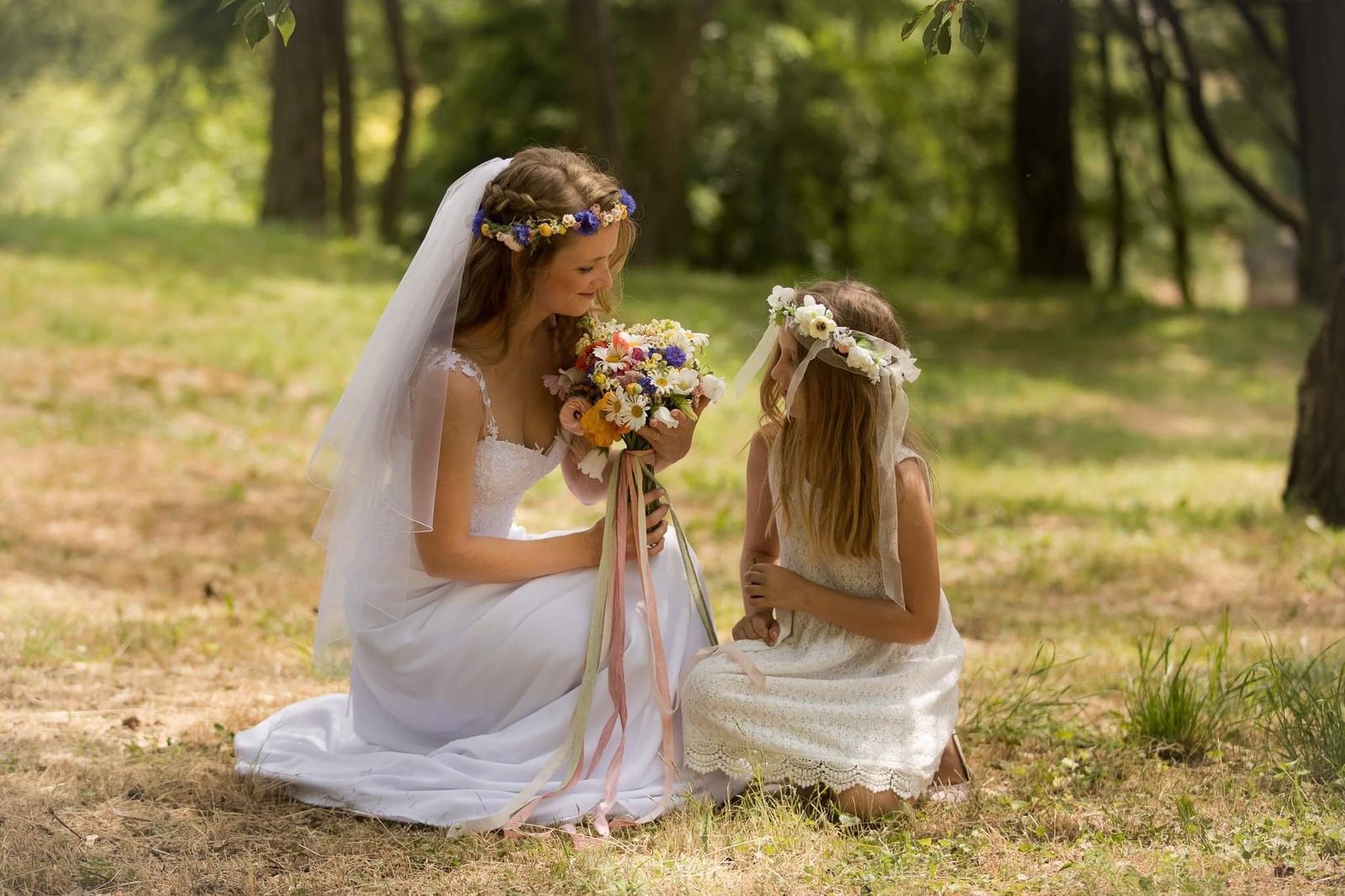 Svatební šaty pro vílu - Obrázek č. 4