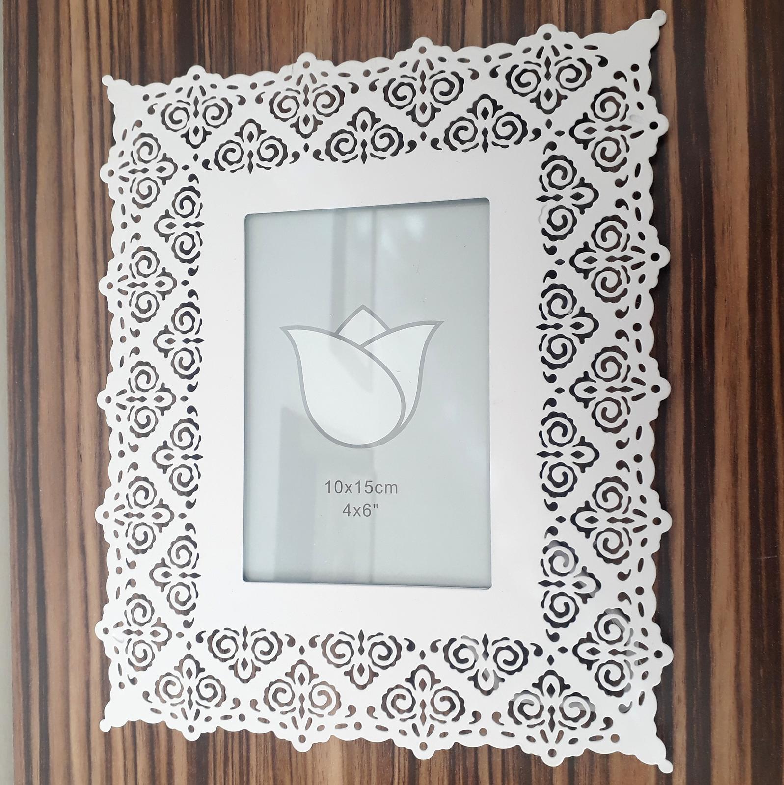 Bílý rámeček - rezervace - Obrázek č. 1