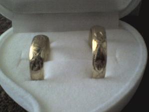 Tak to jsou naše snubní prstýnky