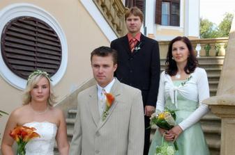 naši skvělí svědci, já děkuji Erice, a ženich Vojtovi!!!