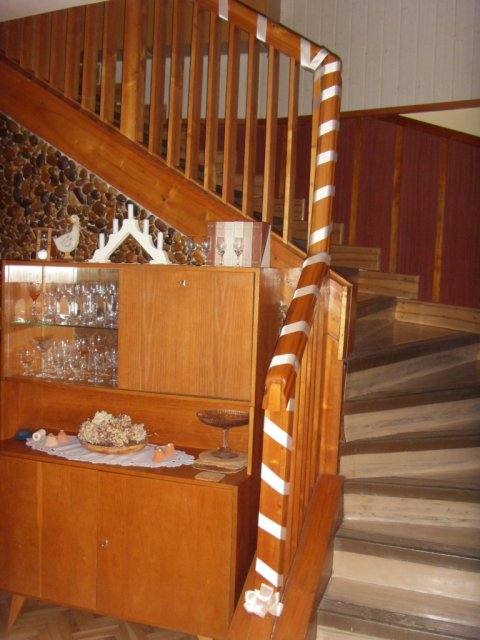 Napady a sny - svadobne vyzdobene schodisko