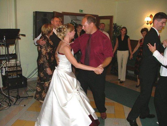 Evka{{_AND_}}Mirek - tanec s Maťkom a Sylvinkou