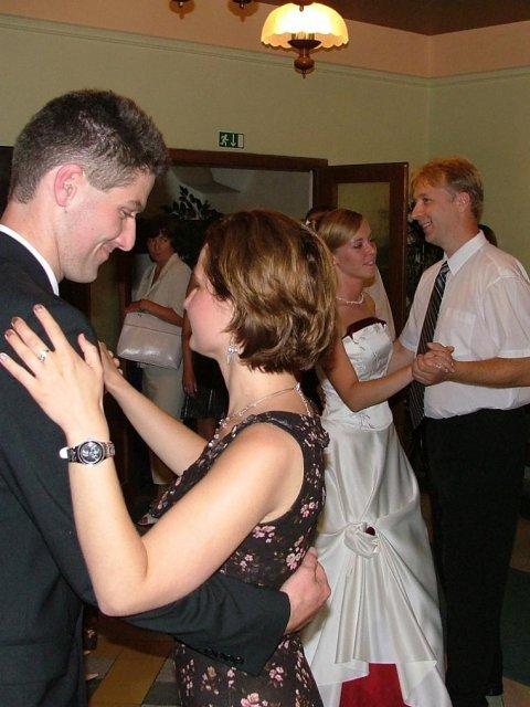 Evka{{_AND_}}Mirek - tanec s Jančim a Sylvinkou