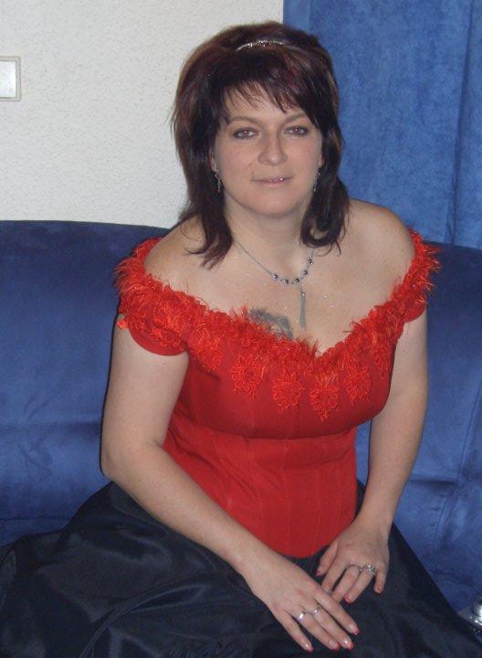 Snad někdy - matur.ples 2008 ale ted mam o 10 kilo vic