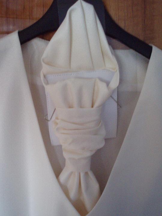 A&M 20.8.2011 - detail na kravatu
