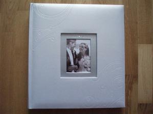 Náš fotoalbum, po svadbe vymeníme úvodnú fotku...