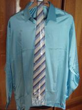 popolnočná košeľa aj s kravatou