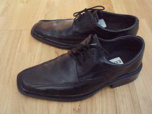 topánky...