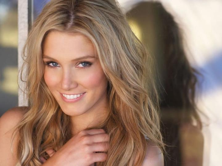 Delta Goodrem - Lost without you, Love