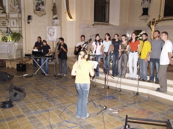 Svadobné piesne - Mládežnícky zbor Turzovka - Nosíš ma nosíš