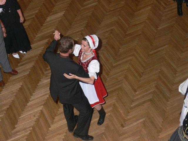 Anita{{_AND_}}Peter - švagrom a starším družbom v jednej osobe..