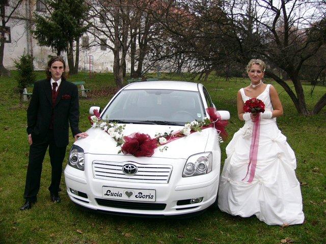 Lucia Ivanová{{_AND_}}Boris Pekár - krásne auto