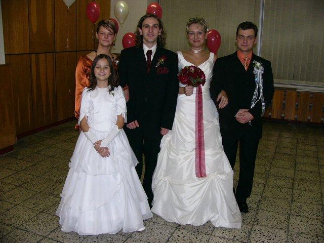 Lucia Ivanová{{_AND_}}Boris Pekár - starejší a švagriná