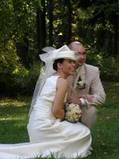 opět vysmátá nevěsta, opravdu nevím, čemu jsem se stále tak řehonila :-)