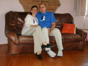 manželé Náhlíkovi ráno po svatbě :-)