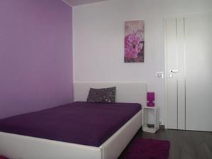 foto s novou postelou a dverami