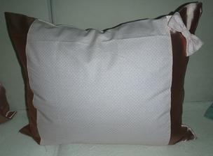 kombinacia saten+bodkovana bavlnena latka