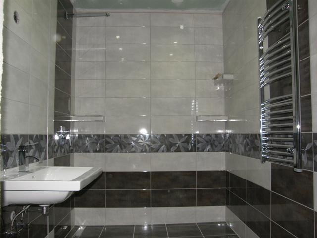 Zariadujeme_KUPELNA & WC - este chyba sklenna zastena na sprchovy kut