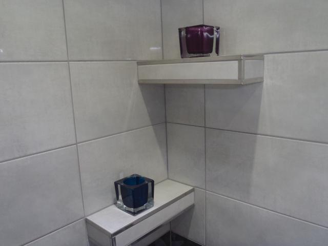 Zariadujeme_KUPELNA & WC - detail na policky